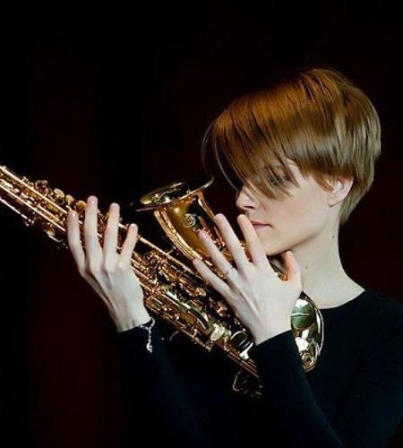 Вероника Кожухарова (саксофон, Москва)
