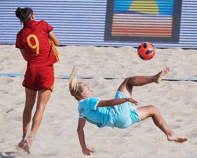Чемпионат области по пляжному футболу среди женских команд