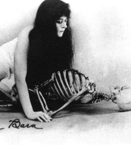 Роковые женщины в литературе и искусстве модерна