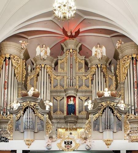 Органный мини-концерт