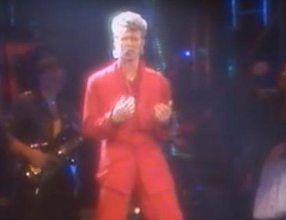 Концерт David Bowie, Glass Spider Tour 87