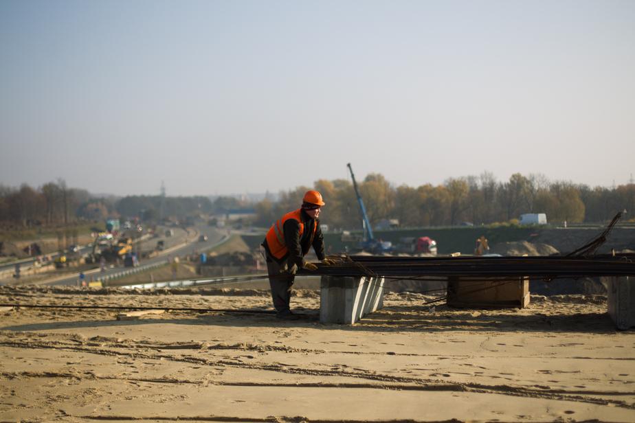 От брусчатки до моста через залив: как строили калининградские дороги и что ещё появится в регионе