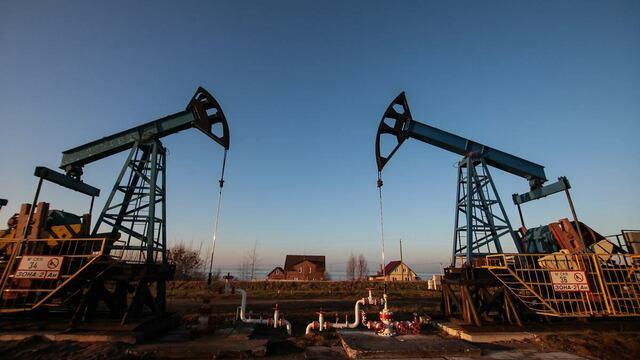 Мировые цены на нефть начали снижение