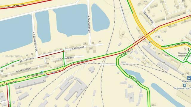 В районе открытого во вторник моста на ул. Суворова образовались километровые пробки