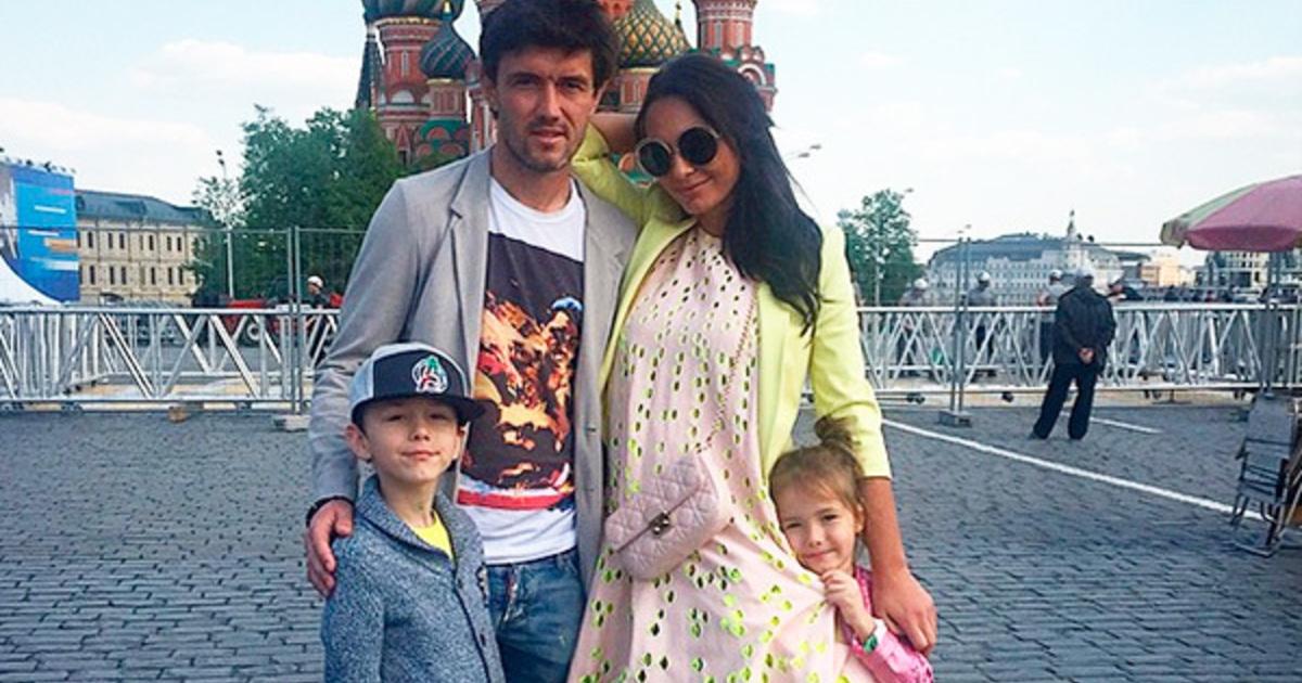 фото жиркова и его жены второй раз вошла