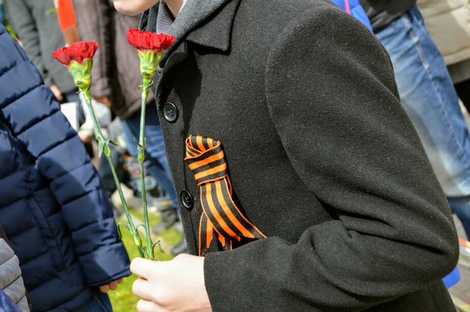 Владимир Аксёнов / Клопс.Ru