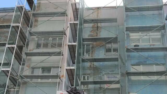 На фасаде дома по ул. Шевченко при капремонте обнаружили широкую трещину (фото)