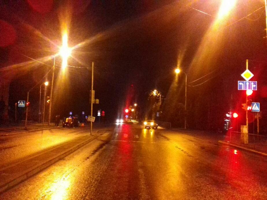 Авария на ул. Гагарина / Фото: пресс-служба УМВД по Калининградской области