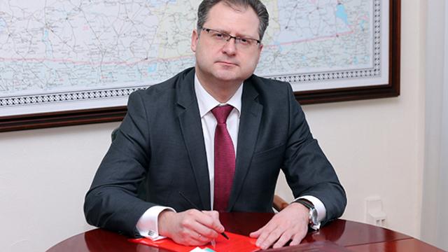 Максим Коломиец назначен врио министра по муниципальному развитию и внутренней политике