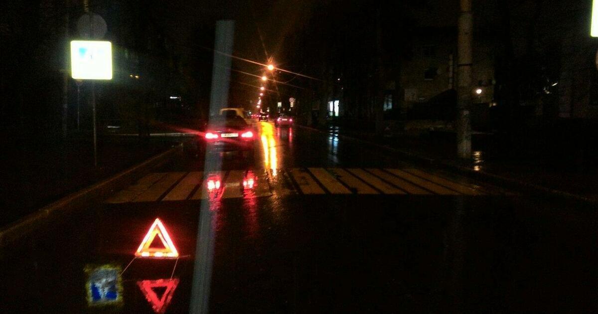 """На ул. Леонова сбили 57-летнюю женщину, переходившую дорогу по """"зебре"""""""