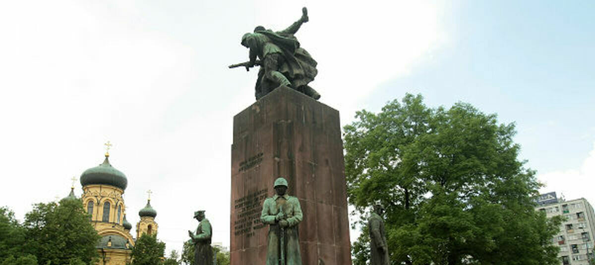 того, как фото армавир осквернение памятника заключается декоративном оформлении