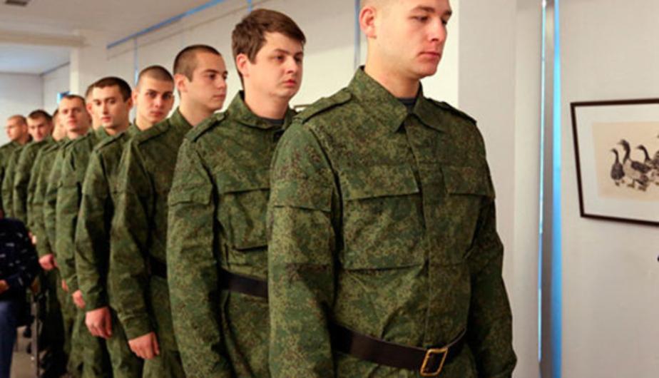 В Совфеде назвали срок службы в армии по призыву в один год недостаточным