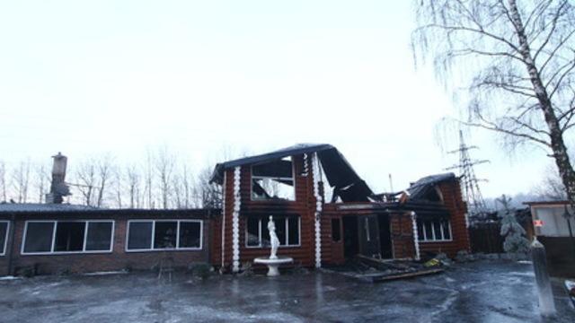 Обгоревшие стены и рухнувшая крыша: как выглядят
