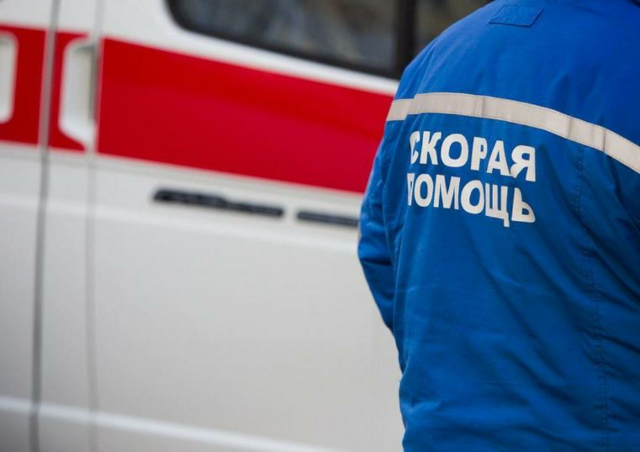 В Ленинградской области перевернулся автобус с детьми