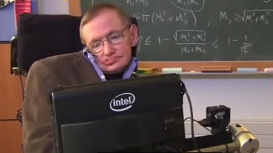 Стивен Хокинг / Кадр из видеозаписи