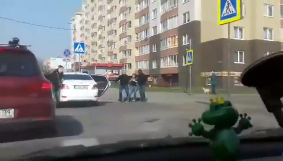 "Кадр видеозаписи ""Клопс"""