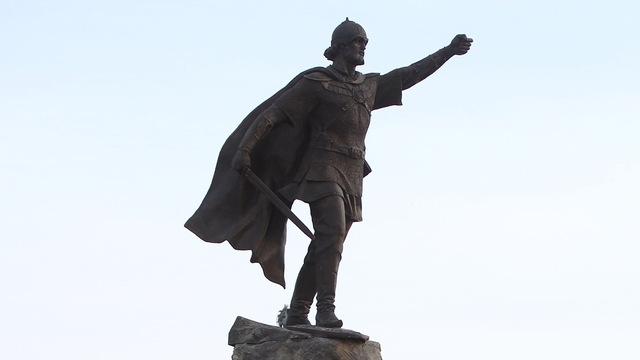 В Калининграде во время открытия памятника Невскому перекроют кольцо на пл. Василевского