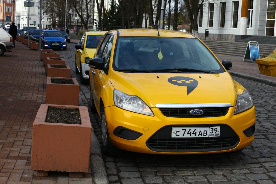 Девятибалльные пробки и повышение цен на такси: чем обернулась первая гроза для калининградцев