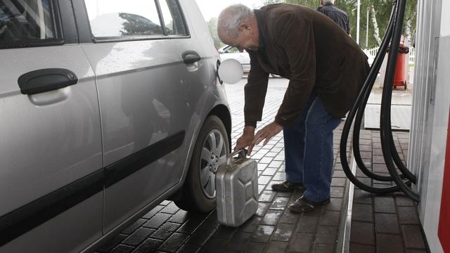 Эксперты прогнозируют еженедельное повышение цен на бензин