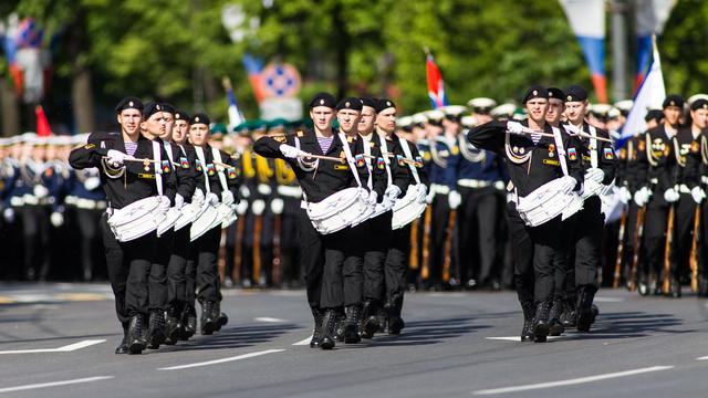 Военный парад и шествие