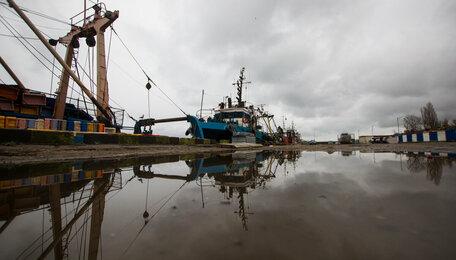 В Светлом произошёл взрыв на судне из Санкт-Петербурга, есть пострадавший