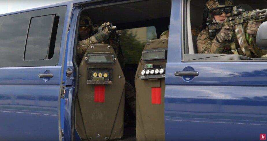 Взрыв, стрельба и погоня: ФСБ опубликовала видео с учений на фан-зоне