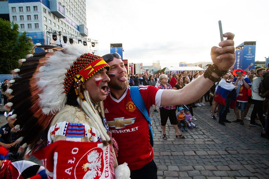 Атмосфера карнавала и позитивный настрой: The Guardian рассказала, чем хорош ЧМ в России