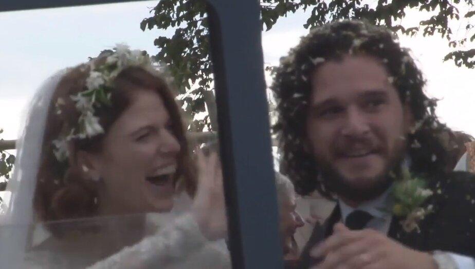 """В Шотландии поженились звёзды сериала """"Игра престолов"""" (видео)"""