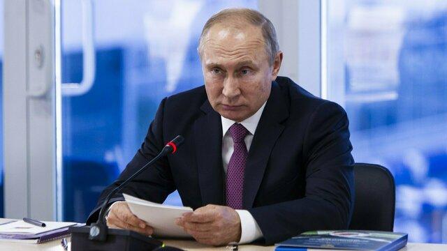 Путин внёс в Госдуму поправки о наказании за увольнение людей предпенсионного возраста