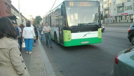 Эксперты отрицательно отнеслись к идее построить заездные карманы для автобусов в центре Калининграда