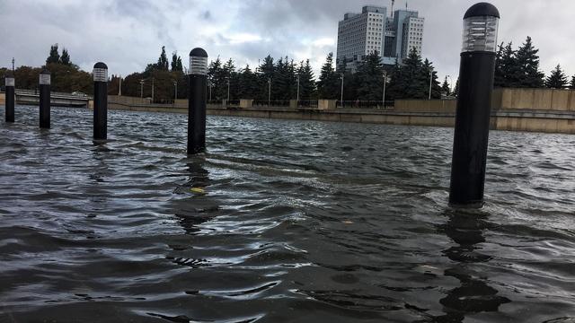 Затопленная набережная Карбышева в Калининграде