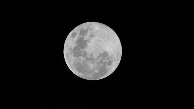 """В """"Роскосмосе"""" рассказали, когда российские космонавты высадятся на Луне"""
