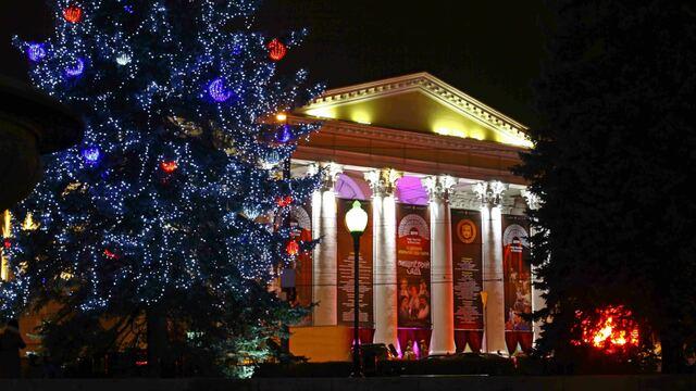 Уличные спектакли и проба талантов: в Калининграде стартовал Год театра (фото)