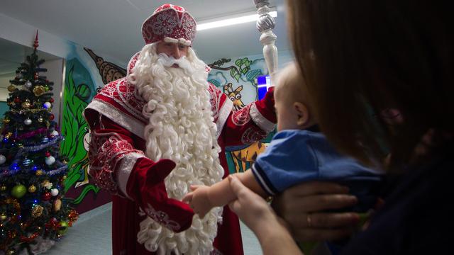 HH.ru: гонорары Снегурочек и Дедов Морозов упали в среднем на 2,5 тысячи