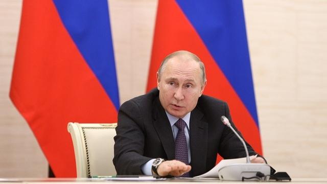 Путин рассказал, за чей счёт построят культурные центры в Калининграде и других городах