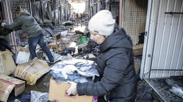 После пожара:  пять вопросов о судьбе погорельцев и будущем рынка