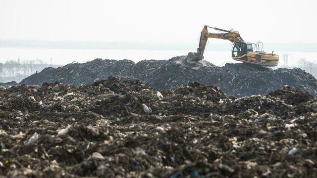 Региональные власти предупредили о возможном росте тарифа на вывоз мусора к 2021 году