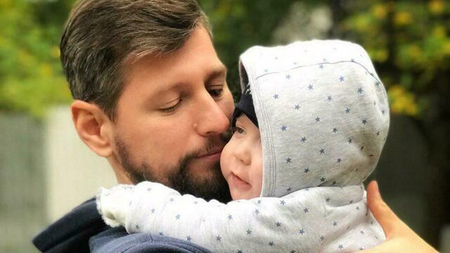 Калининградец, собравший 12 млн на лечение жены и сына, рассказал о жизни после участия в телешоу Малахова