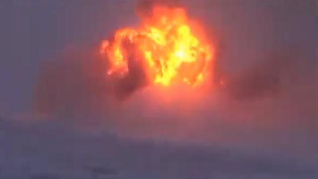 Появилось видео крушения бомбардировщика под Мурманском