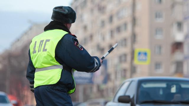 Назван срок введения электронных водительских прав