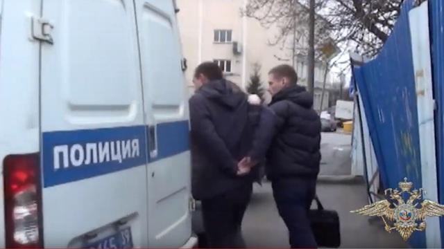 Опубликовано видео задержания калининградских лжериелторов, продававших квартиры на побережье