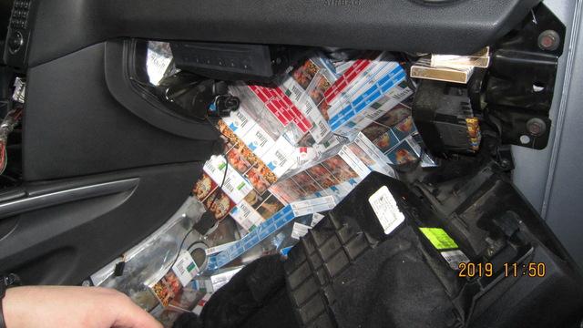 На границе Литвы поймали калининградца с крупнейшей в этом году партией контрабандных сигарет (фото)
