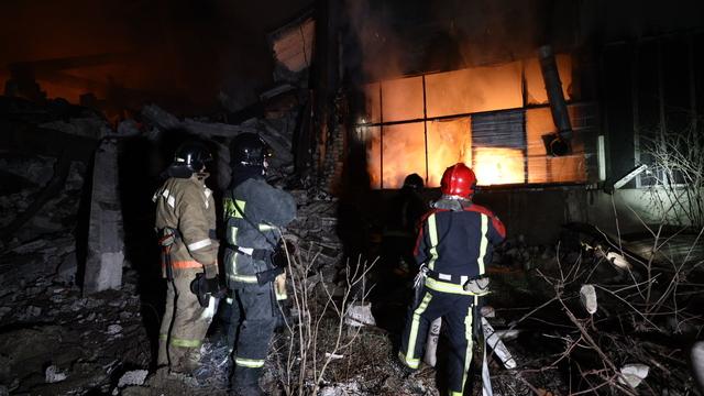 Пожар на заброшенном заводе