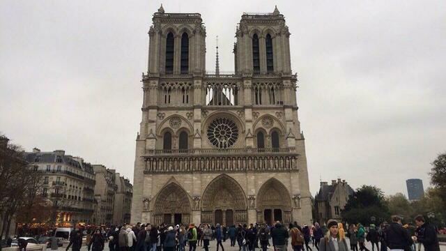 Во Франции собирают деньги на восстановление собора Парижской Богоматери