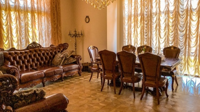 Дворцовые интерьеры, SPA, Swarovski: десять самых дорогих квартир, выставленных на продажу в Калининграде
