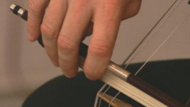 В Калининграде выступит виолончелист, меценат и друг Путина Сергей Ролдугин