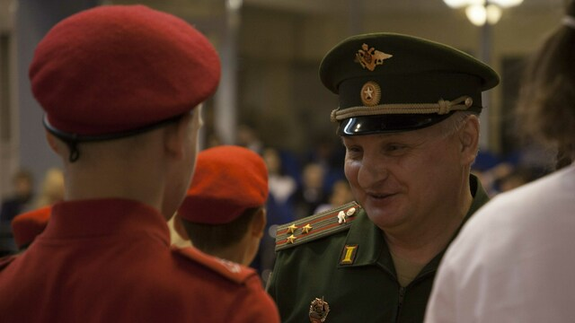 В Калининграде 110 школьников вступили в ряды юнармейцев (фоторепортаж)
