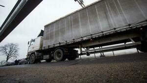 В Литве на границе задержали два белорусских грузовика с системами запуска ракет