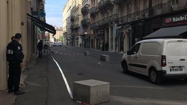 В Лионе прогремел взрыв на пешеходной улице, среди пострадавших есть ребёнок