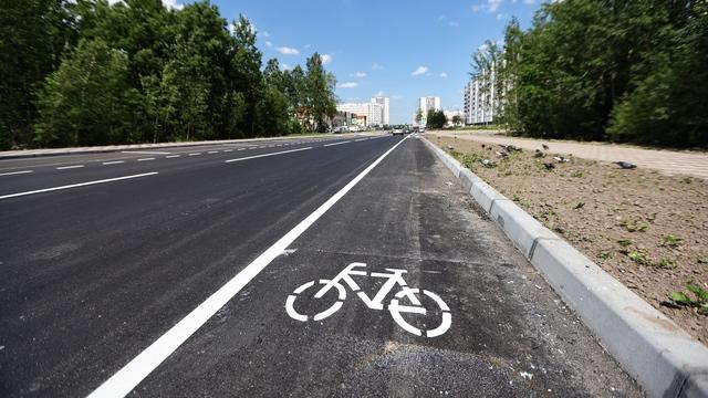 В Калининграде открыли первую в городе автомобильную дорогу, совмещённую с велосипедной (фото)